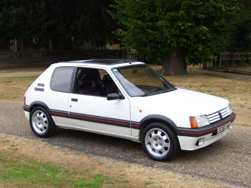 drivers generation cult driving perfection peugeot 205 gti. Black Bedroom Furniture Sets. Home Design Ideas