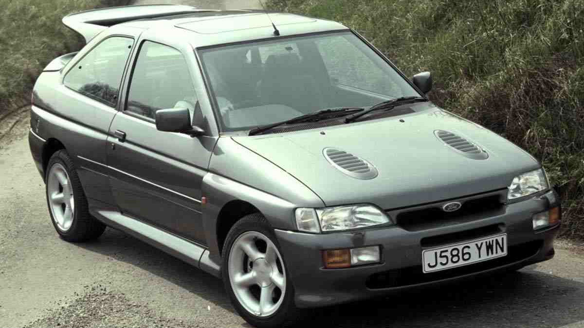 drivers generation cult driving perfection escort rs cosworth. Black Bedroom Furniture Sets. Home Design Ideas