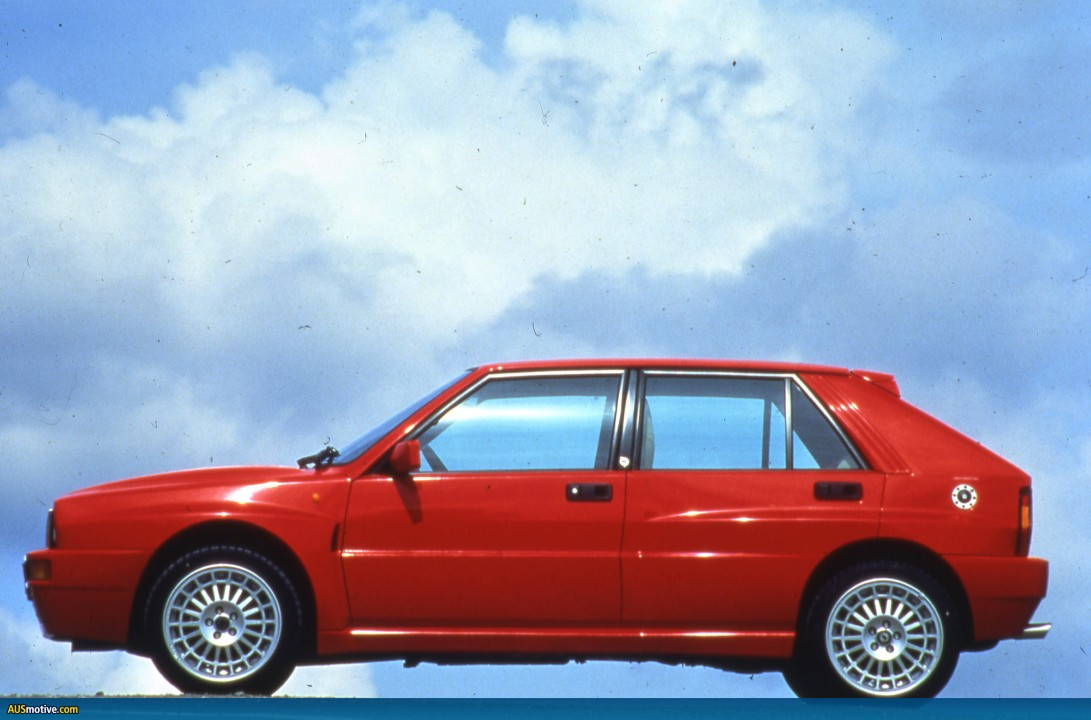 drivers generation cult driving perfection lancia delta integrale. Black Bedroom Furniture Sets. Home Design Ideas
