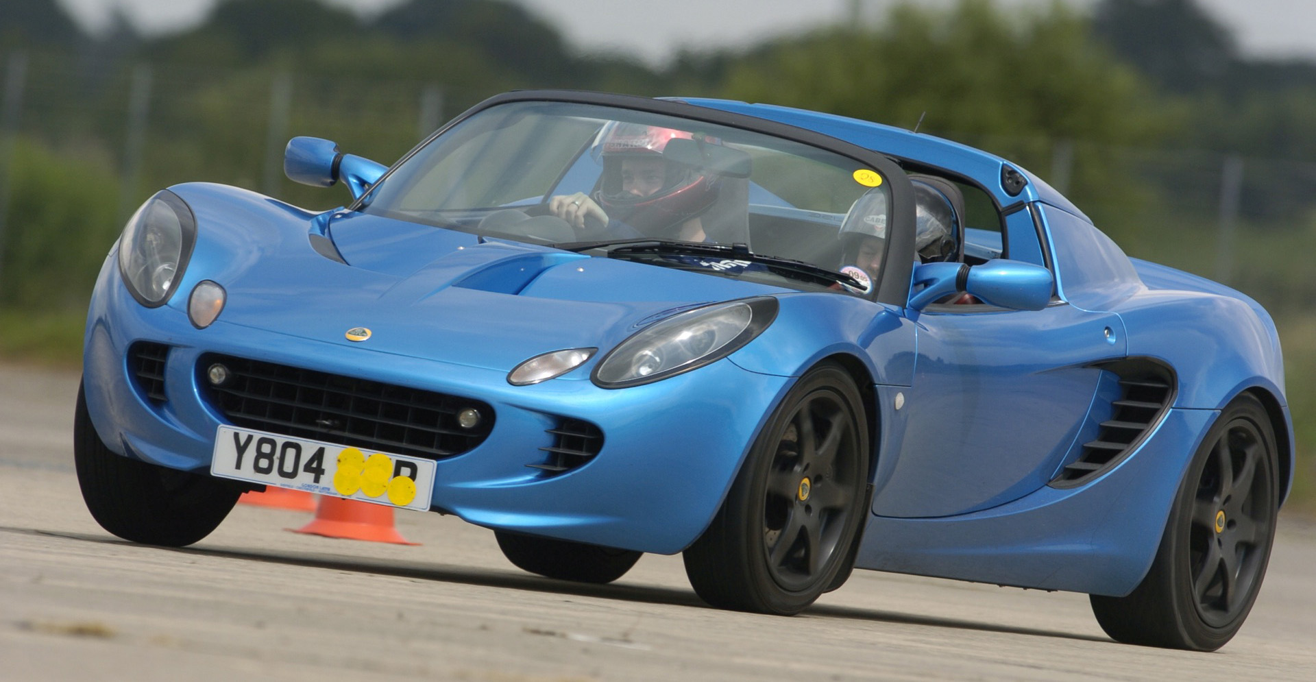 Drivers generation cult driving perfection lotus elise lotus elise vanachro Gallery